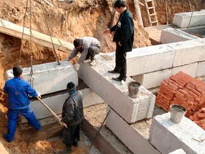 Укладка углов из фундаментных блоков. Фото, статьи